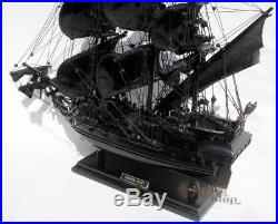 Black Pearl Ship Model Ready for Display 20