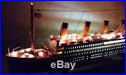 RMS TITANIC Cruise Ship Model 32 With Lights ready for Display